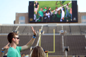 Flick on the Field Prepares Irish Student Body for 2017 Football Season